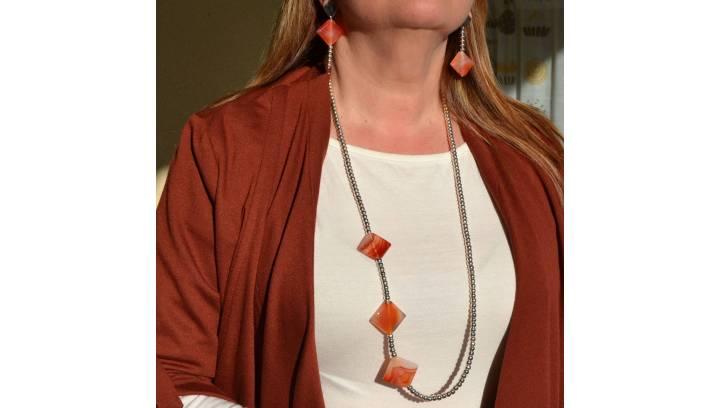 Tipos de collares según el escote, ¿qué debes tener en cuenta?